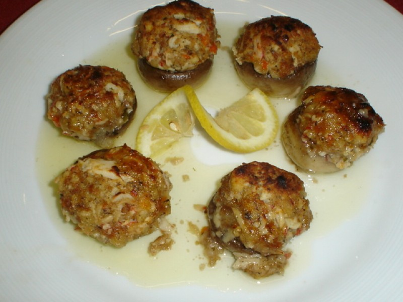 crabmeat stuffed mushrooms fresh mushrooms with our crabmeat stuffing ...